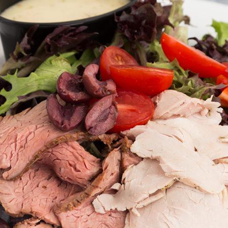 لحم مشوي بالزيتون و الفطر